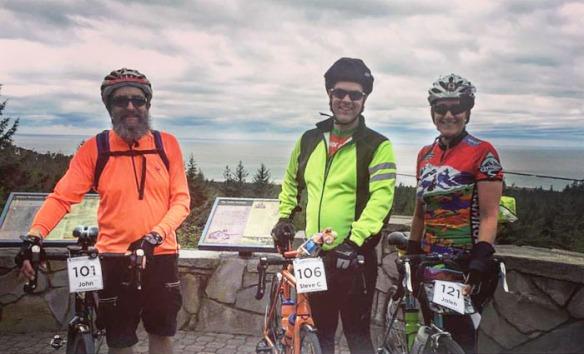 The Beard and entourage at the Umpqua Lighthouse viewpoint.